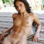 Beauté libanaise athlétique nue