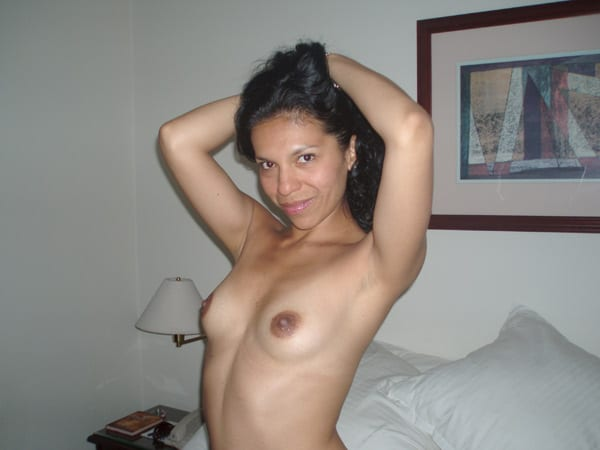girls arabiat the naked beauties