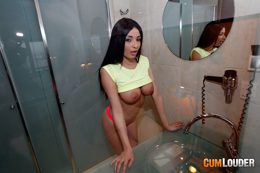 anissa-kate-sexe-hotel-cumlouder-4