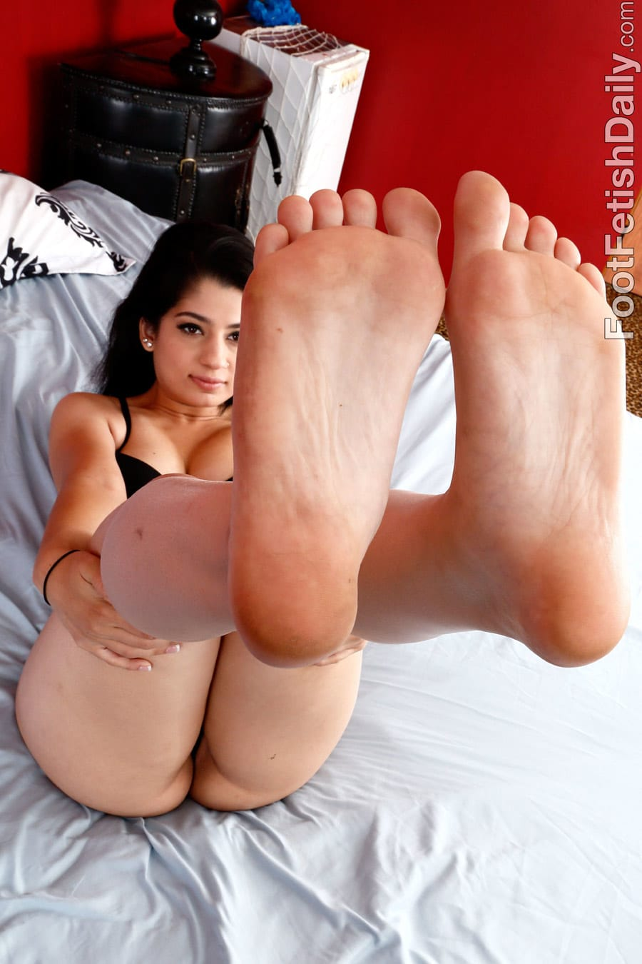 beurette pieds escort aubenas