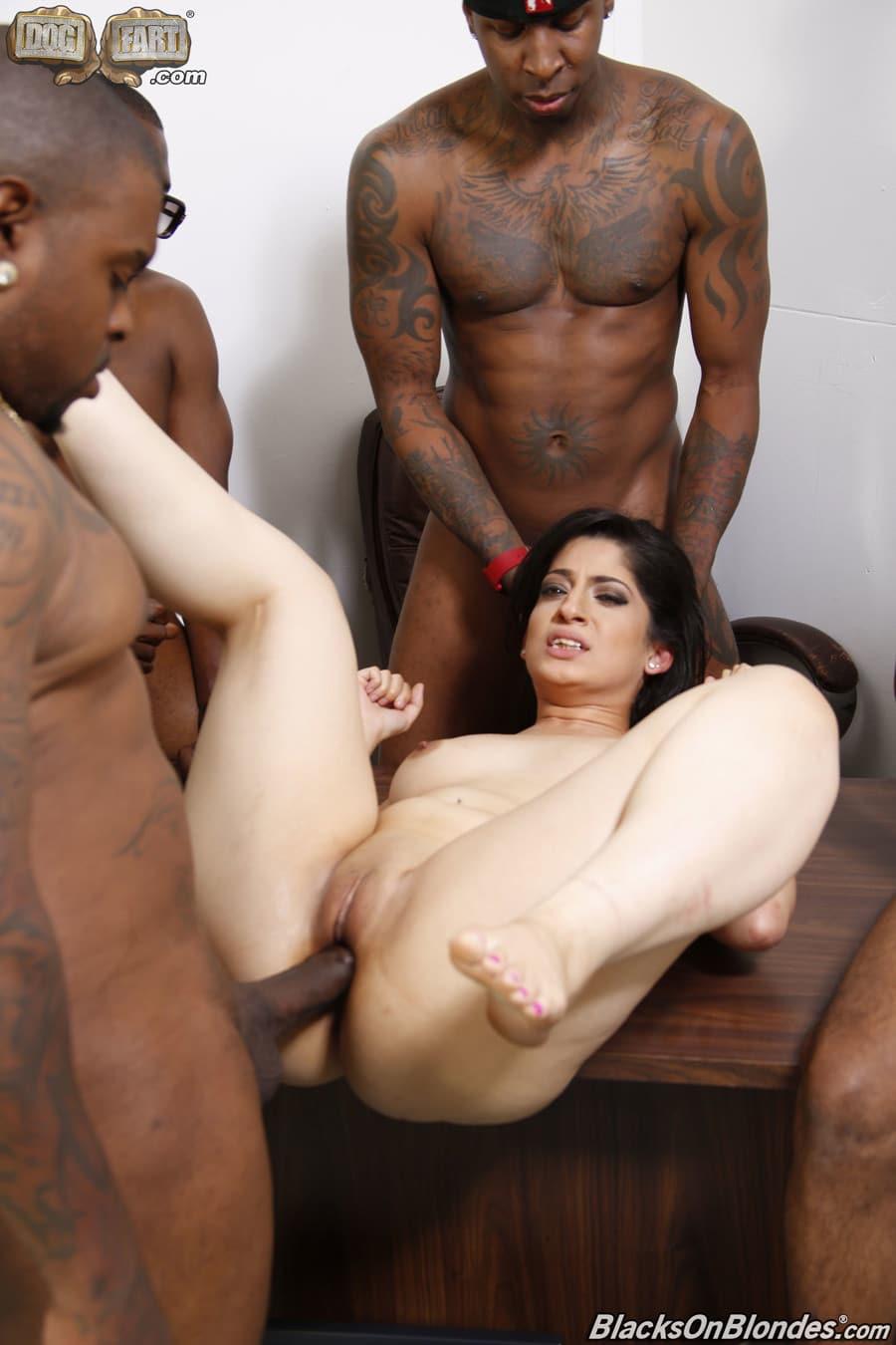 nadia-ali-gangbang-interracial-blacksonblondes-20