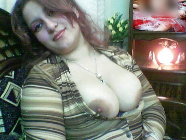 femme-au-foyer-syrienne-gros-seins