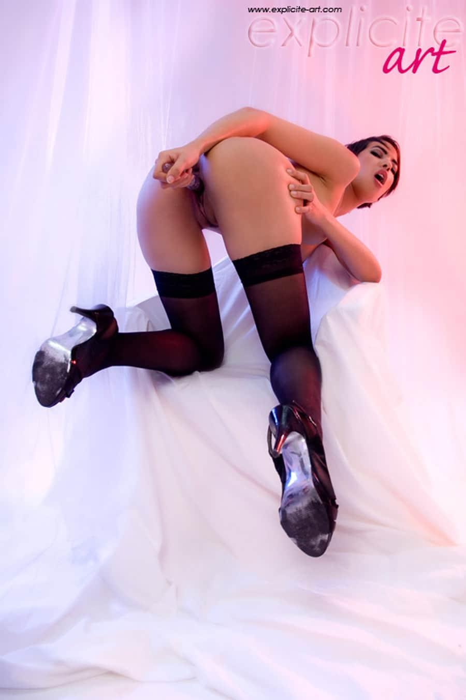 jasmine-arabia-masturbation-gode-expliciteart-6