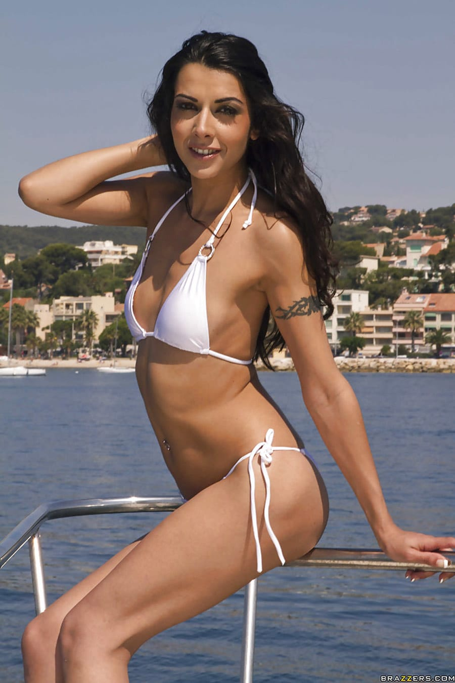 lou-charmelle-liza-del-sierra-partouze-yacht-brazzers-zz-series-3