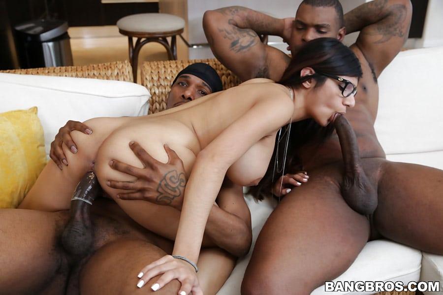 mia-khalifa-threesome-interracial-monstersofcock-19
